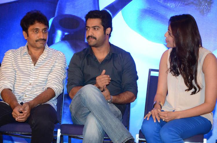 Srinu Vaitla,Jr.NTR And Kajal Spotted At Baadshah Movie Success Meet