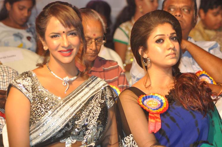 Nayanthara And Lakshmi At Nandi Awards 2011 Function