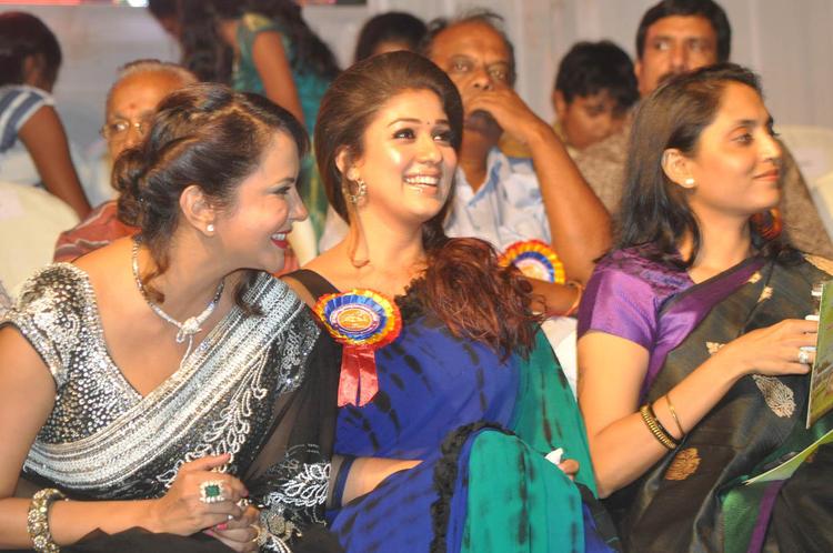 Nayanthara And Lakshmi Smiling Chatting Look At Nandi Awards 2011 Function