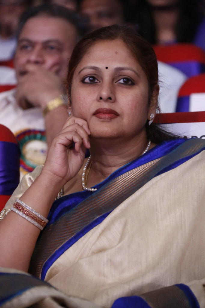 Jayasudha Beautiful Face Look At TSR TV9 Film Awards Function 2013