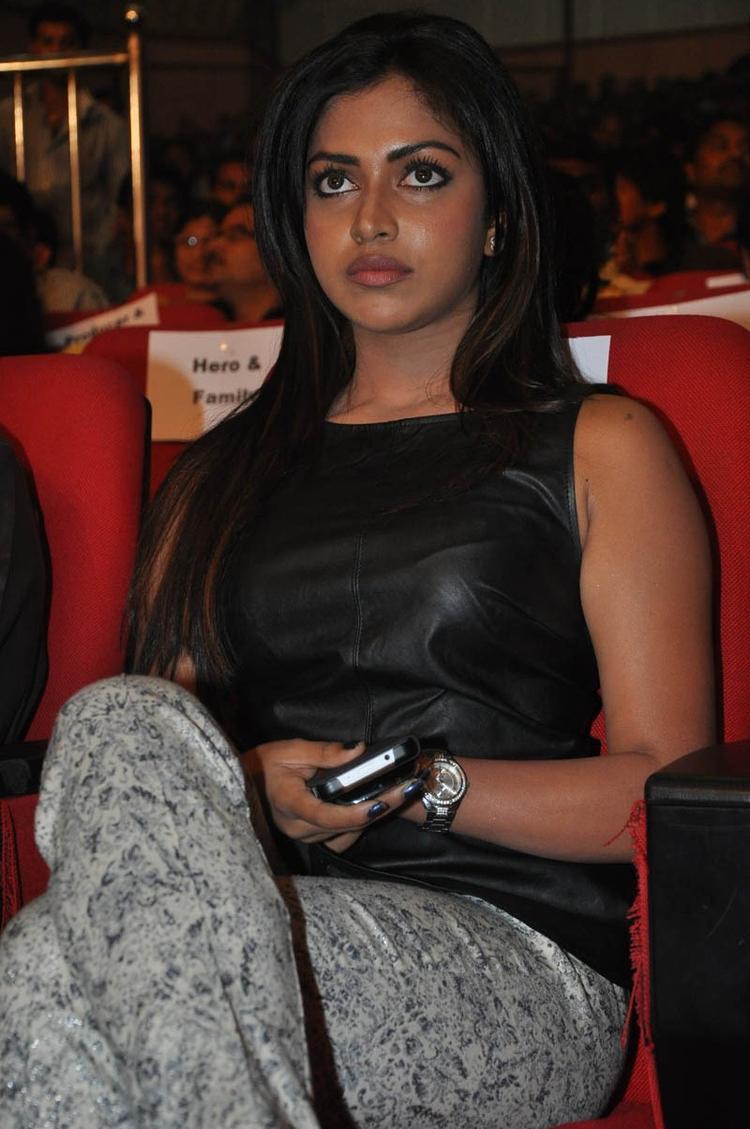 Amala Paul Attend The Iddarammayilatho Audio Launch Function