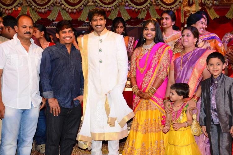 Gopi Chand And Reshma Wedding Bash Latest Photo
