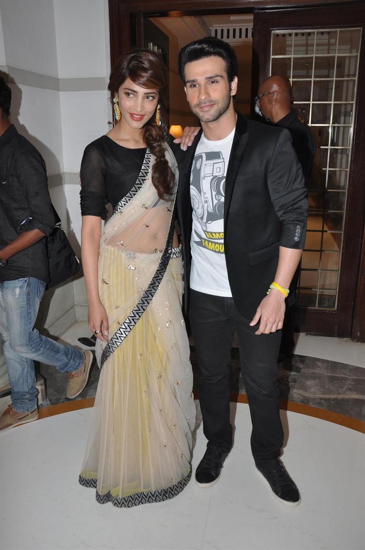 Shruti And Girish at Ramaiya Vastavaiya Music Launch Event