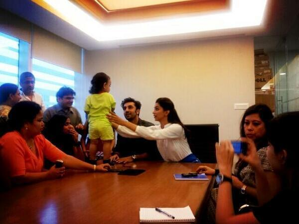 Ranbir And Deepika Promoting Their Movie YJHD At HT Cafe