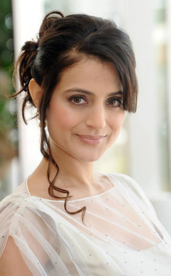 Ameesha Patel Nice Look At Cannes 66th Film Festival 2013 For Shortcut Romeo Premiere