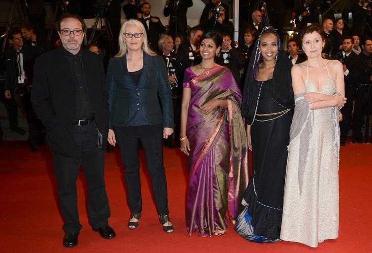 Semih,Jane,Nandita,Maji-Da And Nicoletta Posed In Red Carpet At Cannes 2013 During The Only God Forgives Premiere