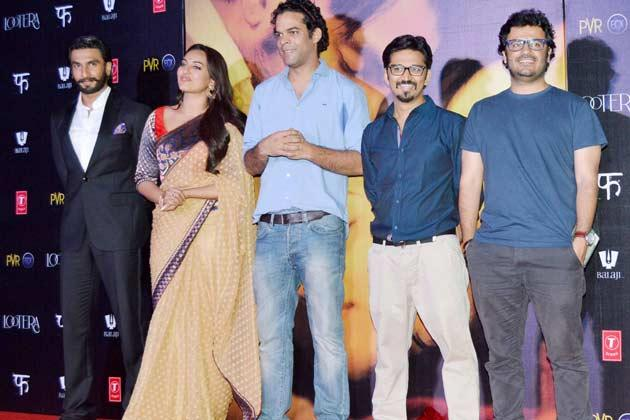 Ranveer,Sonakshi,Vikramaditya And Amit Posed On Stage At Lootera Movie Audio Release Event