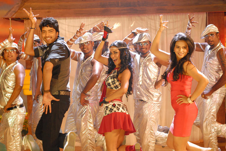 Allari And Sharmila In A Item Song From The Movie Kevvu Keka