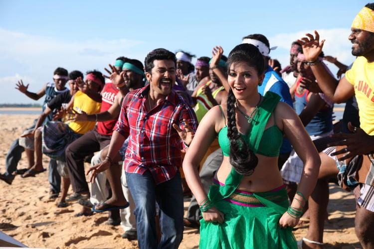 Suriya And Anjali Rocking Still From Singam II Movie
