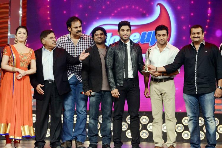 Tollywood Celebs Attended Cine Maa Awards 2013