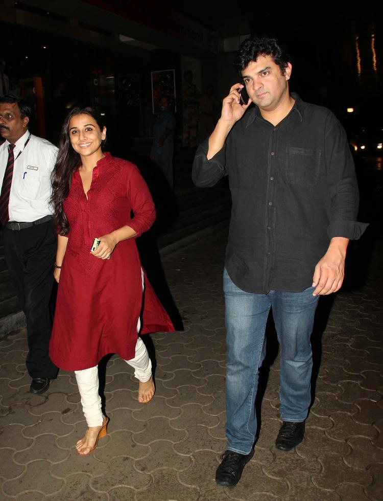 Vidya Along With Her Darling Hubby Siddharth Attend The At The Special Screening Of Ghanchakkar