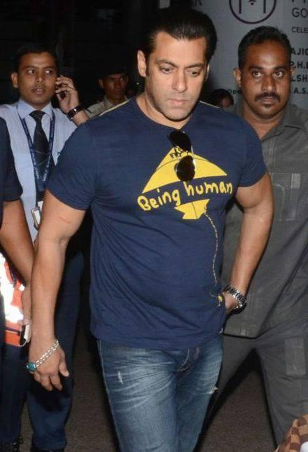 Handsome Salman Khan Snapped At Shamshabad Airport For Mental Shooting