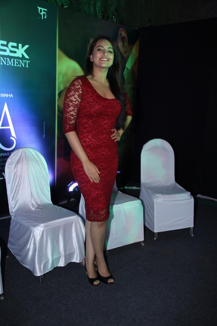 Sonakshi Sinha Glamour Look In Red Lacy Dress At Samsung Store For Promoting Movie Lootera