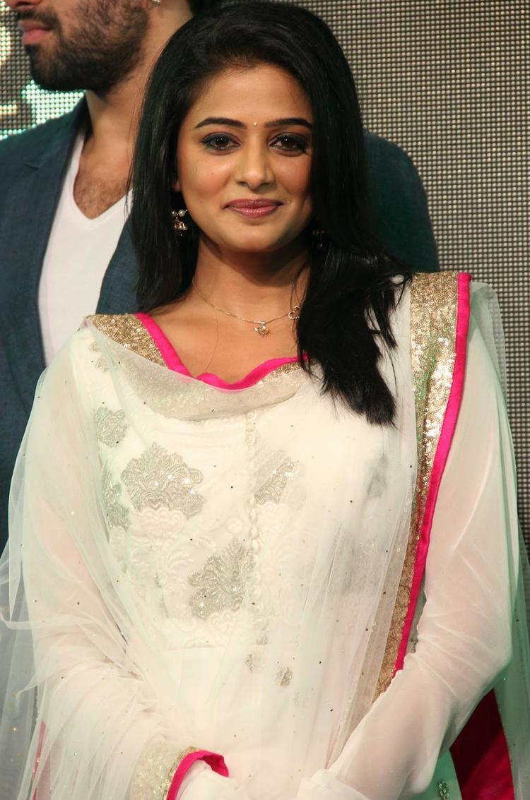 Priyamani Cute Smiling Pose At The Music Launch Of Chennai Express