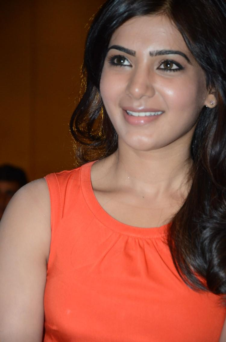 Samantha Stunning Cute Look At Bangaru Kodipetta Movie Audio Launch Function
