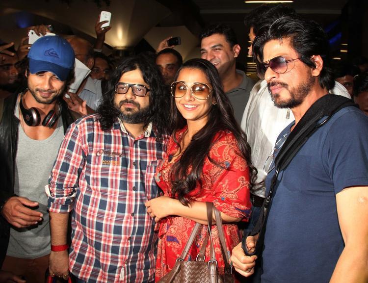 Shahid,Pritam,Vidya And Shahrukh Arrive From IIFA Awards 2013 At Mumbai Airport