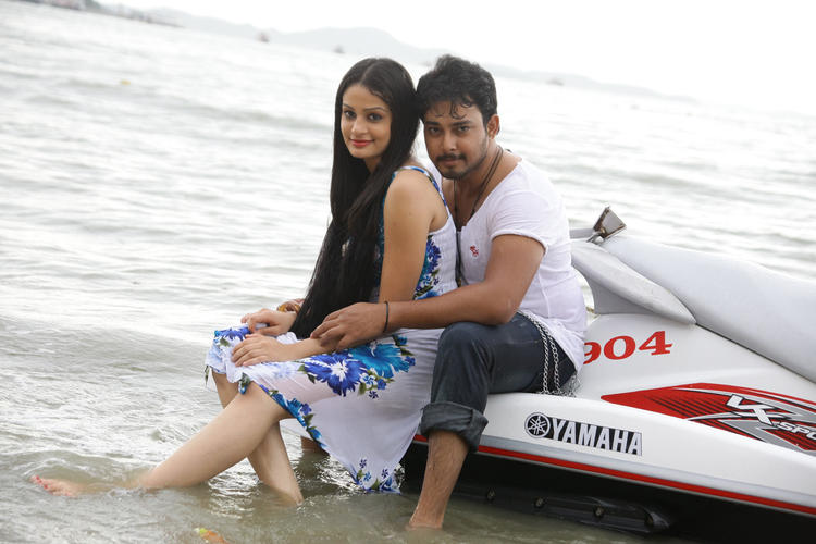 Band Baaja Movie Tanish And Rupal Hot Still On Sea Beach