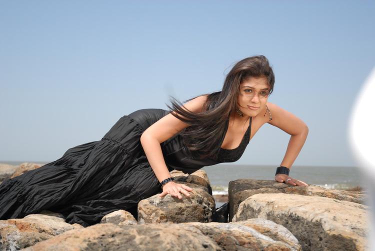 Sexy Nayanthara In Black Dress Hot Look Still