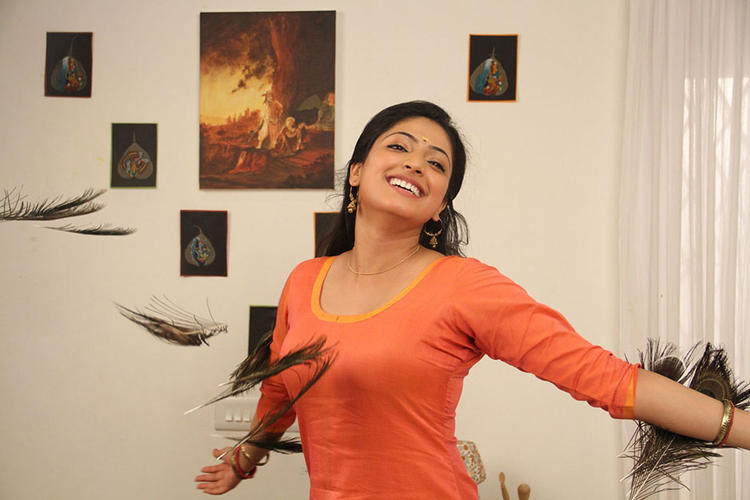 Amazing Actress Hari Priya Exciting And Happy Pose Photo Shoot
