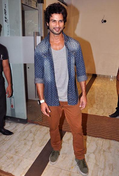 Shahid Kapoor Graces The Lootera Success Bash