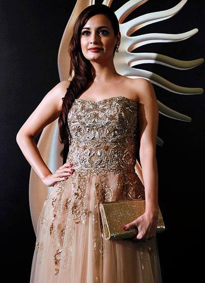 Dia Mirza Spotted At IIFA Awards 2013 Event In Macau