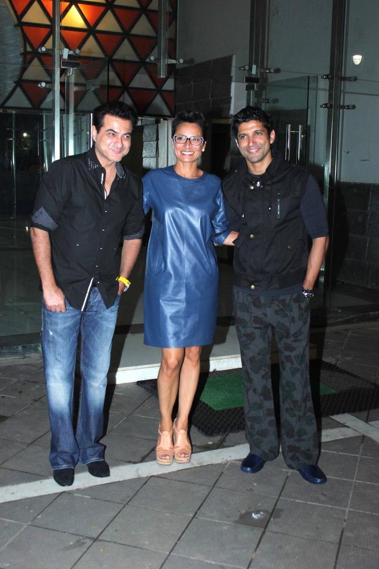 Farhan And Adhuna Pose With Sanjay Kapoor At His Birthday Bash
