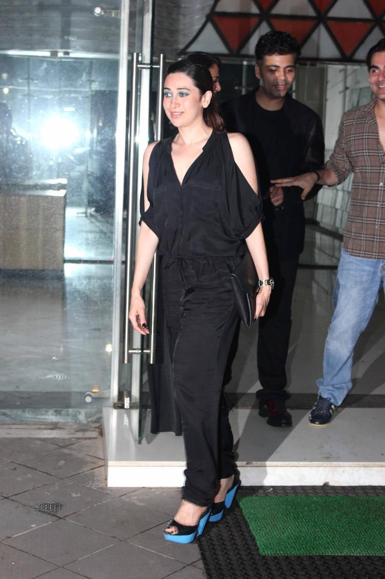 Karishma Kapoor Black Hot Pic At Sanjay Kapoors Birthday Bash