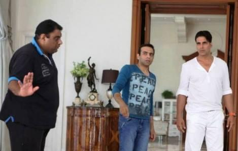 Akshay Kumar Action Still During The Shooting Sets Of Its Entertainment