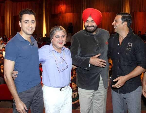 Akshay And Imran With Sidhu And Ali Asgar At Comedy Nights For OUATIMD Promote