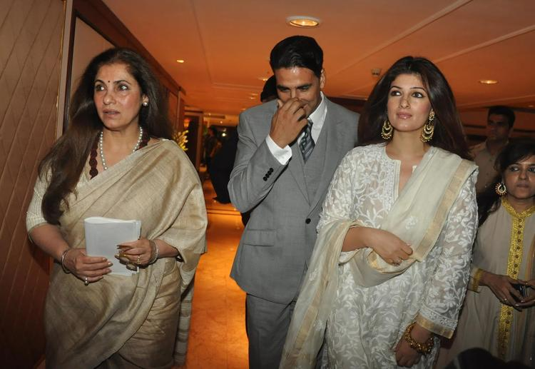 Akshay With Twinkle And Dimple Spotted At Rajesh Khanna's Statue Launch Event