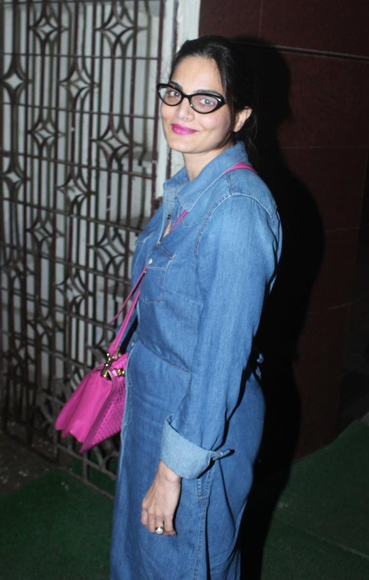 Alvira Khan Looks Stunning At OUATIMD Special Screening
