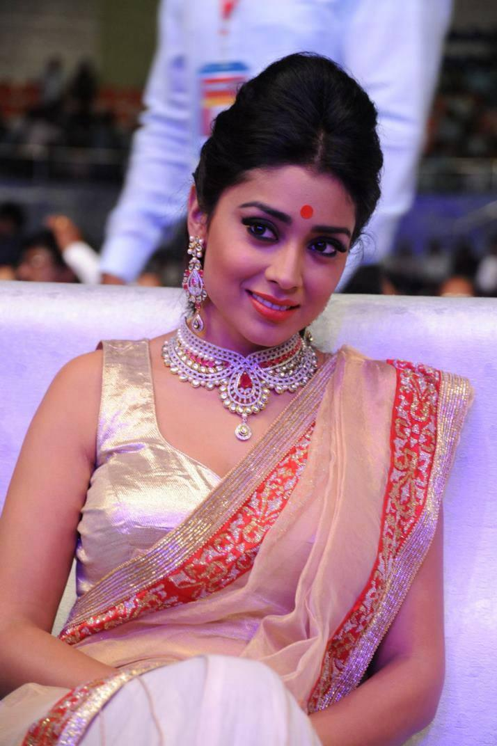 Shriya Saran Traditional Look At Tollywood Cinema Channel Launch Event