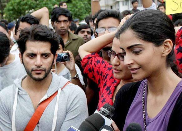 Karanvir,Sona And Sonam At The Anti Rape Protest Rally