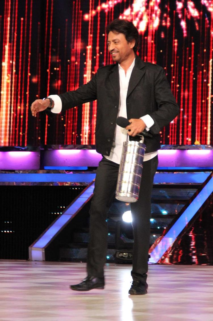 Irrfan Khan Promote His Movie With Lunch Box On JDJ 6 Stage