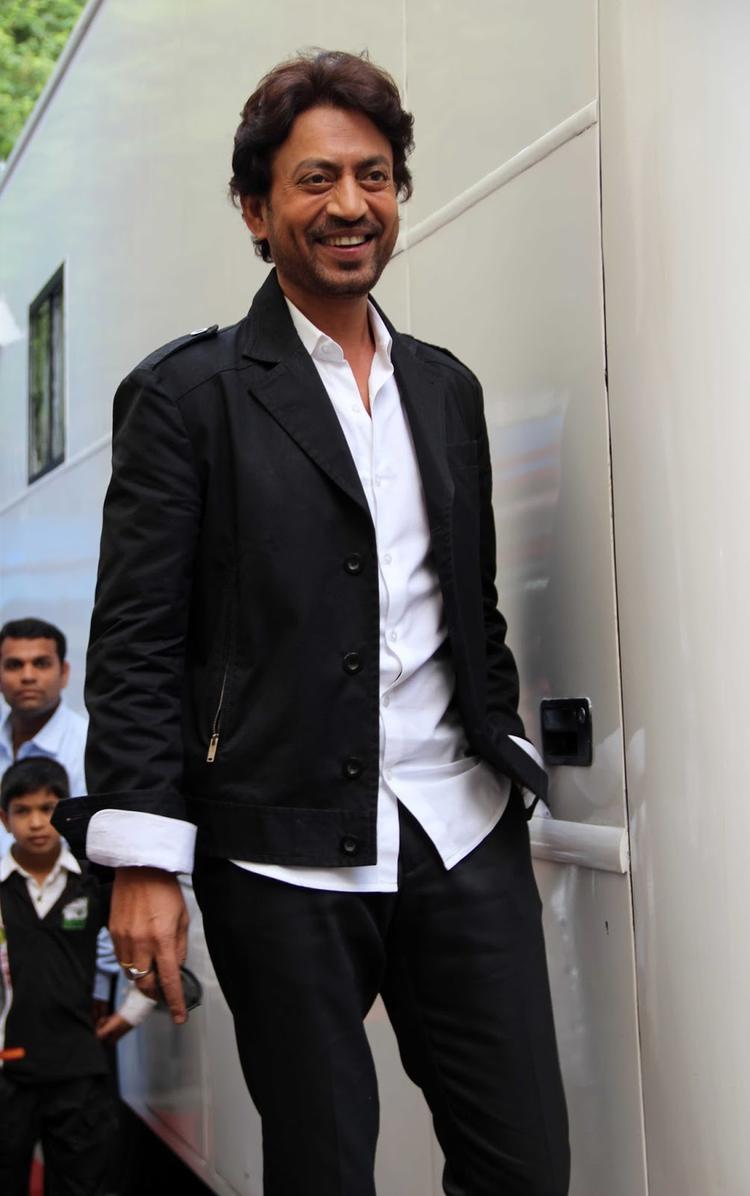 Irrfan Khan Smiling Pic During Jhalak Dikhhla Jaa Season 6