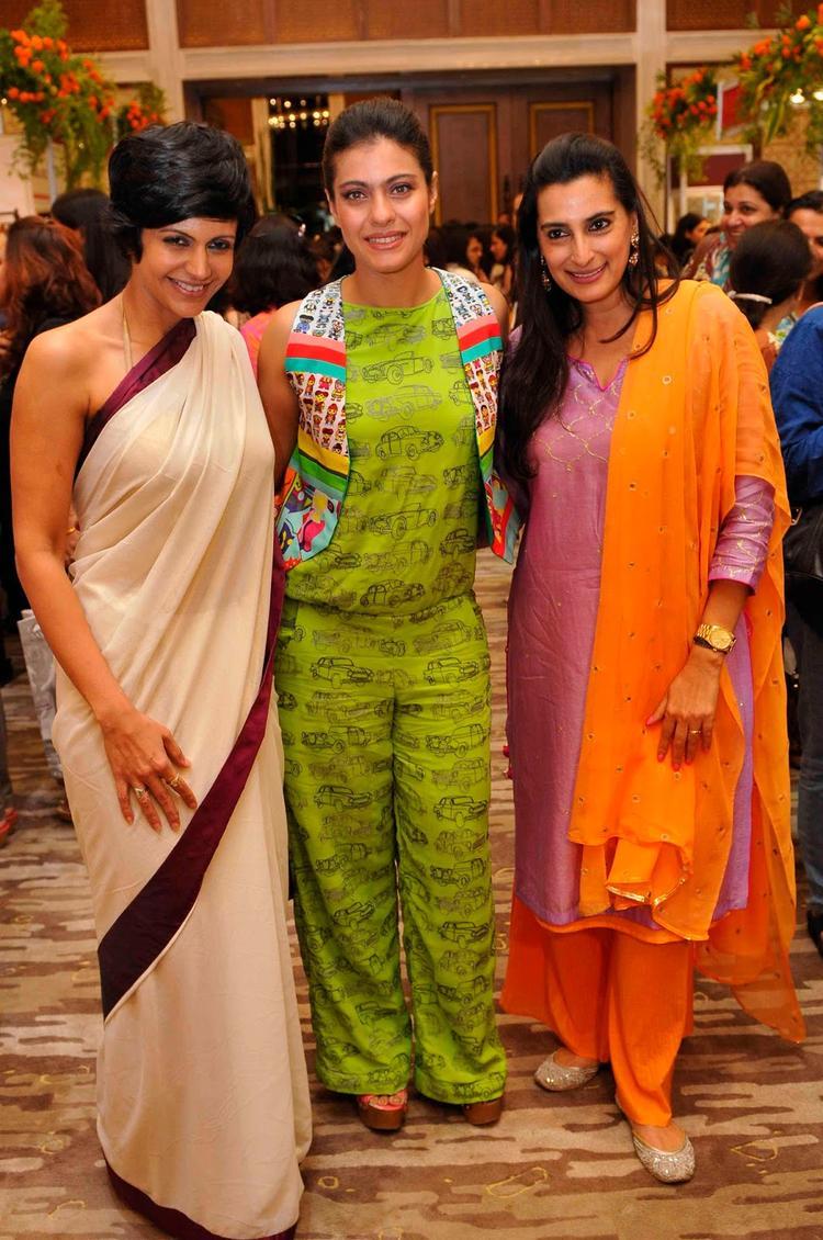 Mana,Mandira And Kajol Pose During The Araaish Fashion Exhibition