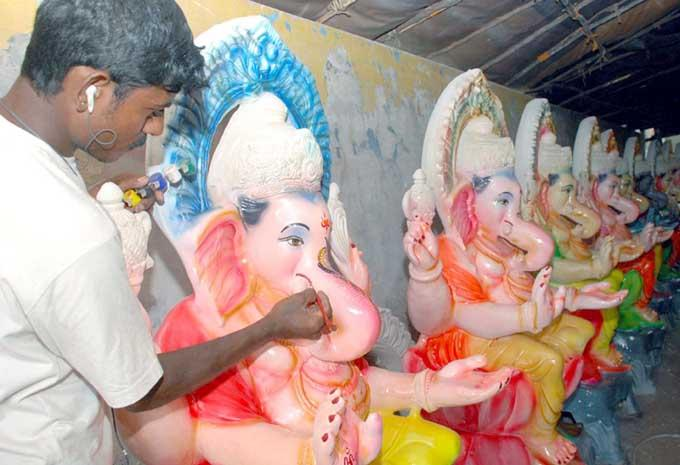 Ganesh Murthy Beauty Pic With Artist