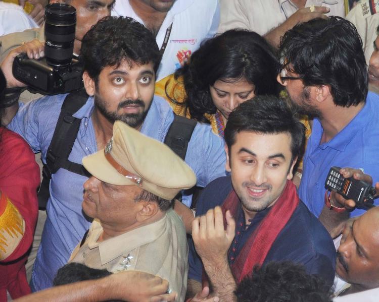 Ranbir Kapoor Handsome Look At Lalbaugcha Raja Ganpati Pandal