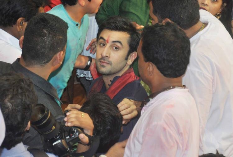 Ranbir Kapoor Stunning Face Look At Lalbaugcha Raja Ganpati Pandal