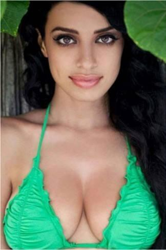 Jasmine Sexy Cleavages Exposing Photo Shoot