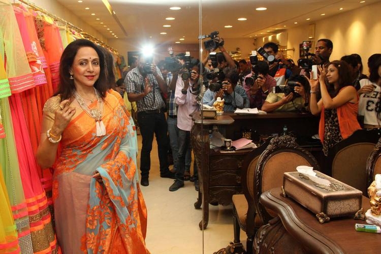Hema Malini Cool Look At Neeta Lulla's Flagship Store