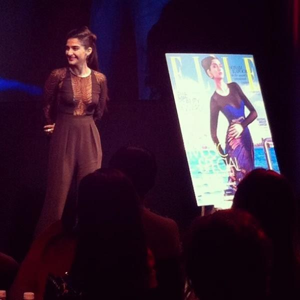 Sonam Kapoor Cool Look At Elle Beauty Awards 2013