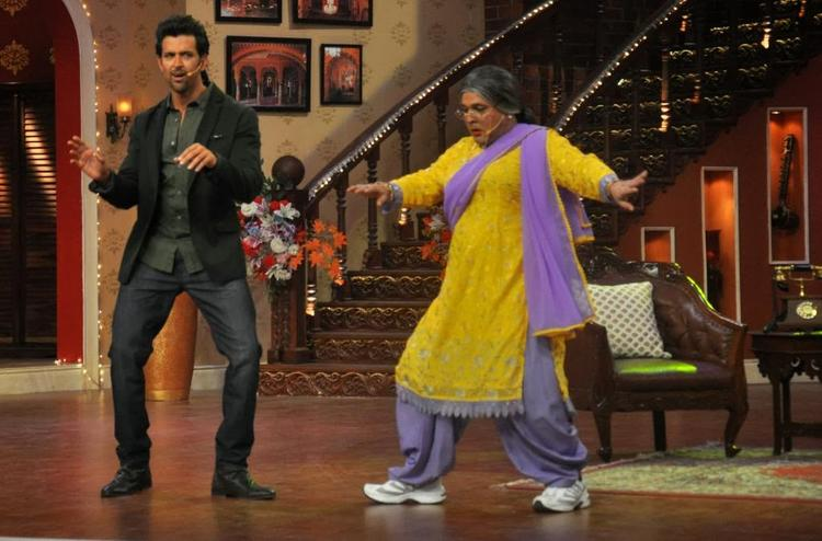 Hrithik Roshan And Dadi Dance Still On Comedy Nights With Kapil