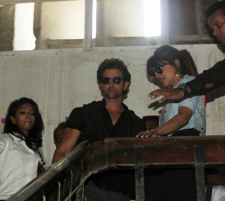 Hrithik Roshan And Priyanka Chopra Were Seen Promoting Krrish 3 At Mumbai's Mithibai College