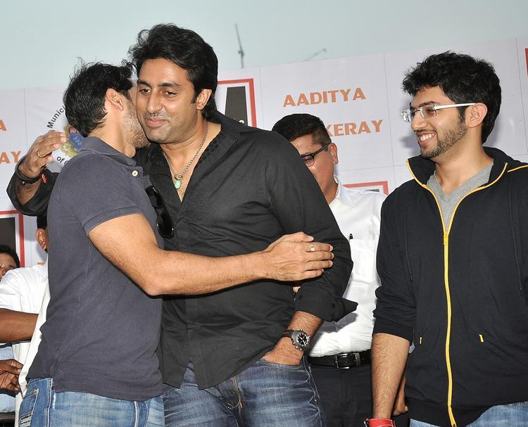 Abhishek Bachchan Help Dino Morea's 'DM Fitness' At Worli Sea Face
