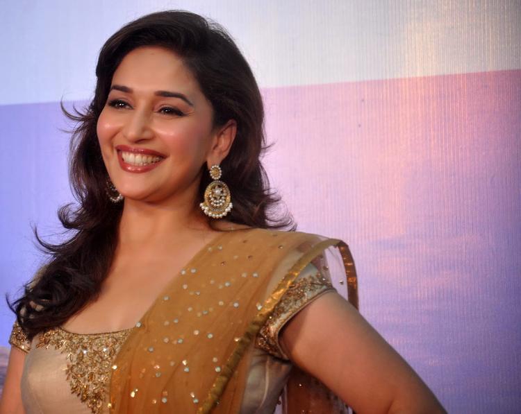 Pretty Madhuri Dixit Smiling Pic At Sanofi India's Diabetes Awareness Event