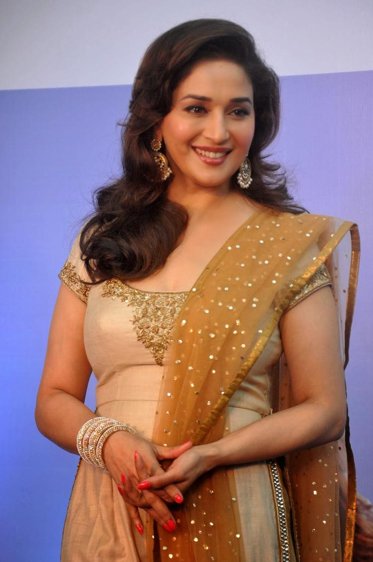 Sanofi's Diabetes Awareness Event Madhuri Beautiful Smile Pic