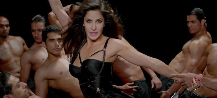 Katrina Kaif Hot With Black Outfit In Dhoom Machale Song From The Movie Dhoom 3