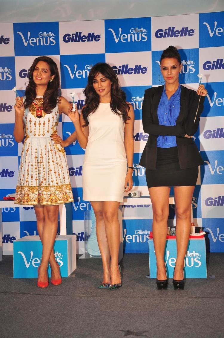 Gillette Venus Razor Especially For Women Launched By Esha,Neha And Chitrangada In Mumbai