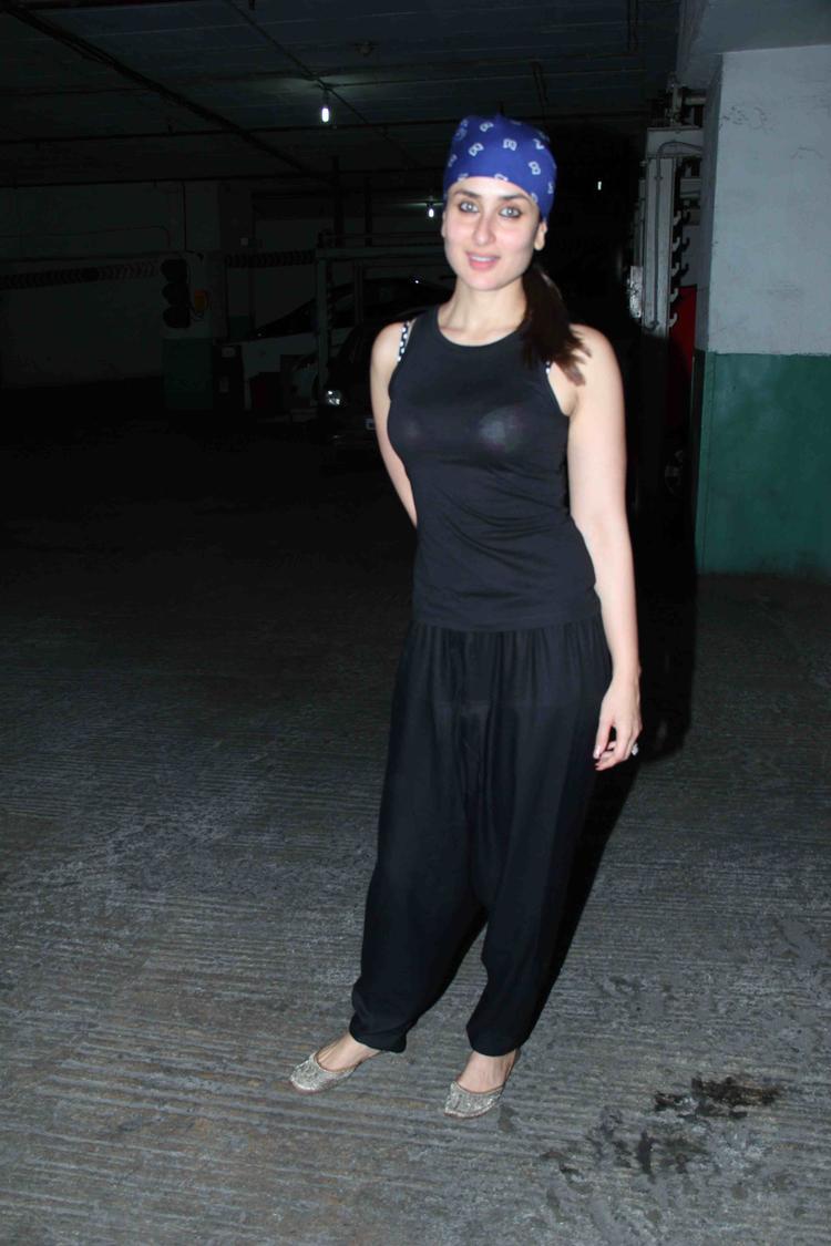 Gori Tere Pyaar Mein Screening Kareena Goes De-Glam